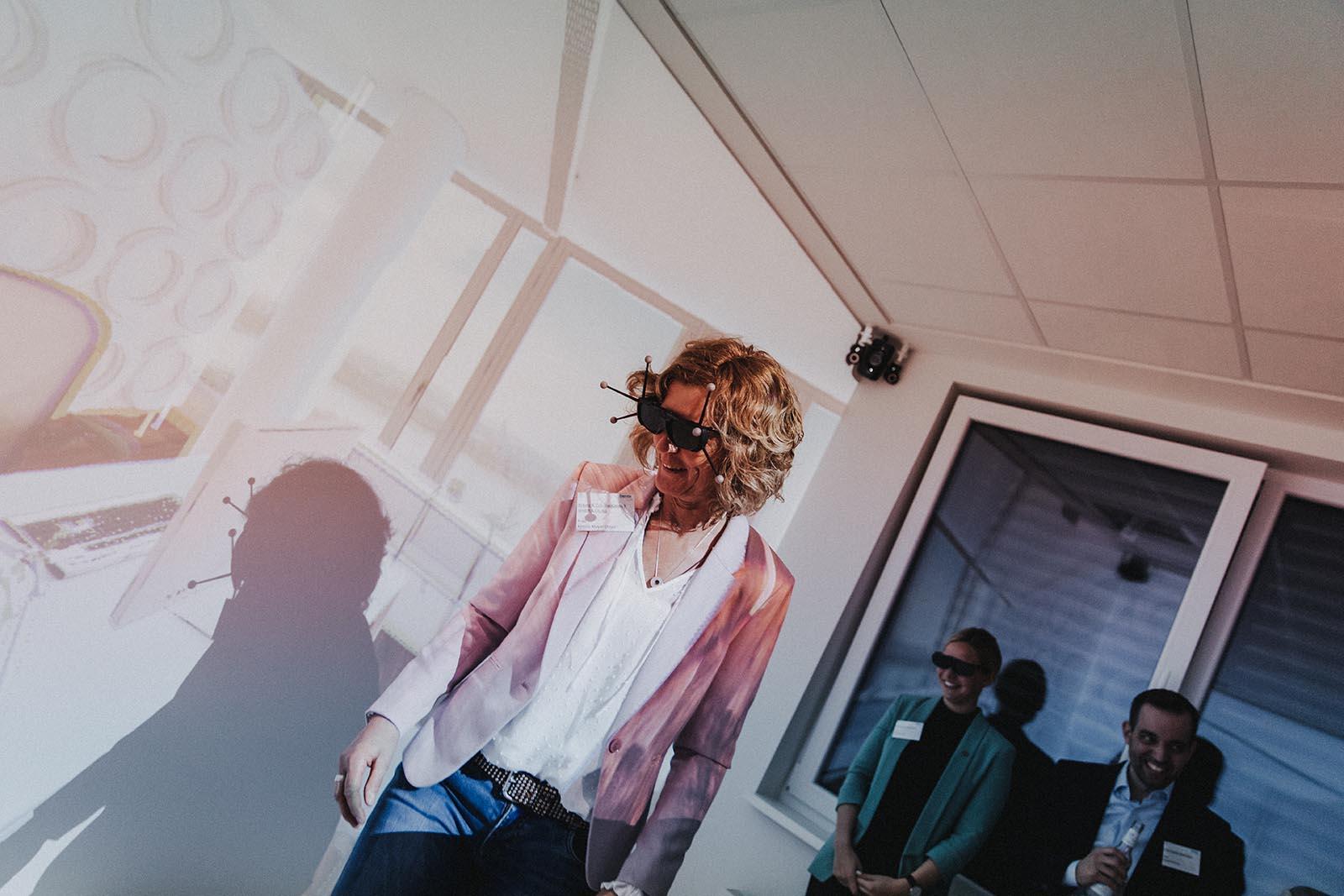 Die VR-Brille von ARCHICAVE Highlight beim EWE Businessclub Treffen